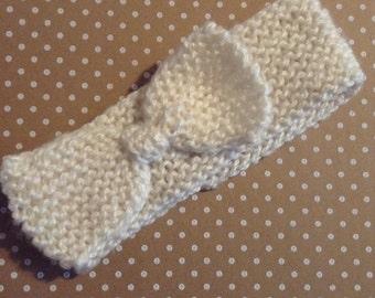 Cream Knitted Bow Earwarmer