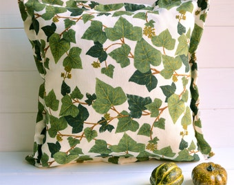 Ivy print decorative pillow