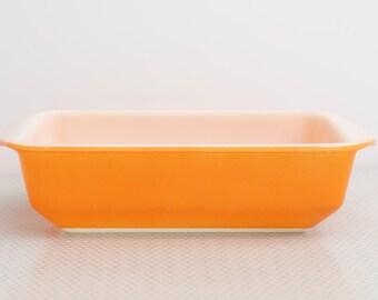 Pyrex oblong casserole dish #16