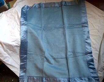 Luxurious Silk Baby Blanket - Blue