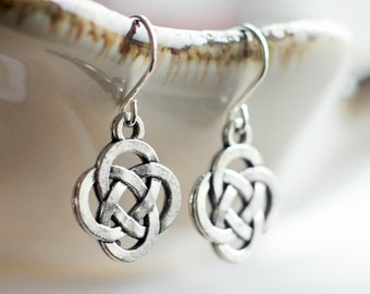 Celtic knot earrings | Antique silver Renaissance Fair earrings | Sterling silver celtic earrings | Hypoallergenic titanium charm earrings