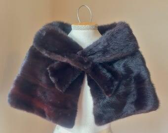 Vintage Sable Fur Stole with Bow Design, Vintage Fur Wedding Stole, Bridal Fur Stole, Dark Brown Amber Fur Stole, brown mink fur stole