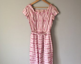 Darling 1960s Cotton Floral Day Dress   Pleated Skirt   Pintuck   Betty Hartford