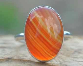 Carnelian Ring. Statement Ring. Carnelian Gemstone and Sterling silver 925. Silver ring with Cornelian stone.