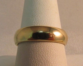 14K Solid Gold Wedding Band/Ring--by Artcarved, Size 8.5 x 5mm #R137
