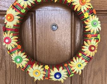 Rainbow Yarn Wreath / Yellow Yarn Wreath / Yellow Daisy Wreath / Yellow Flower Door Wreath / Yarn and Flower Wreath / Yarn Door Wreath