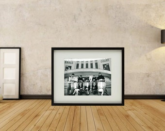 Oasis - Earls Court Framed Print