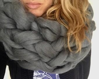 Arm Knit 100% Merino Wool Chunky Grey Cowl