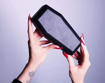 IN-STOCK - Sunglass Coffin Case - La Femme en Noir
