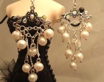 Stunning Chandelier Freshwater Pearls Earrings