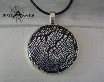 Necklace clay polymer Crackle effect with silver leaf