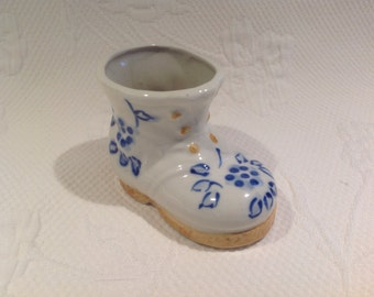 """Boot in porcelain """"Occupied Japan"""" - hand painted - white, blue and orange / / made in the Japan"""