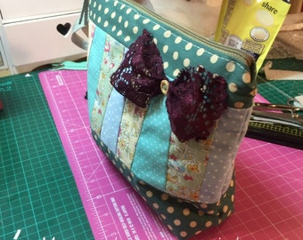 Quilted cosmetics bag