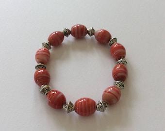 Red beaded bracelet / beaded bracelet / beaded jewellery / red bracelet / red jewellery