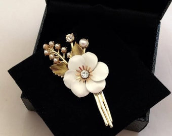 1960's Coro Flower Brooch