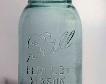 Quart Size Perfect Mason Ball Jar With Reversed 2 On Bottom