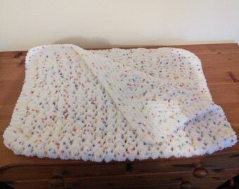 White speckled baby blanket