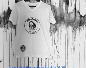Stylish, statement T-Shirt v. flirt made WI