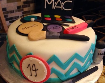 MAC MakeUp Set Cake Toppers