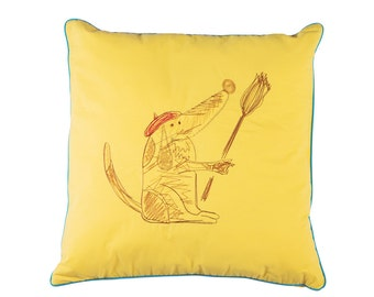 "Decorative Pillow ""Hundy"""