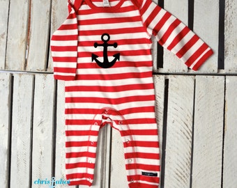 Onesie/Pajamas red and white months / 6-12 striped with anchor size 3-6 months / 12-18