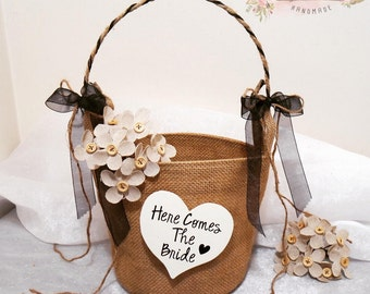 Here Comes The Bride Flower Girl Basket, Daddy Here Comes Mommy Flower Girl Basket, Wedding Flower Basket, Flower Girl, Burlap Flower Basket