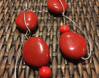Free form shiny red beads and wire earrings