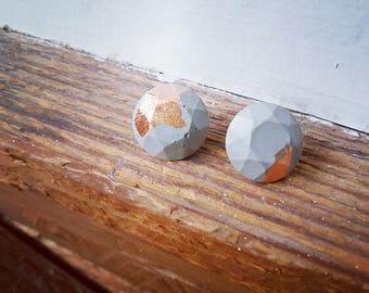 concrete/metal leaf earrings 5