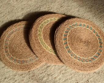 Vintage 70's / raffia round Pouf / floor cushion / handwoven / vegetable / Boho