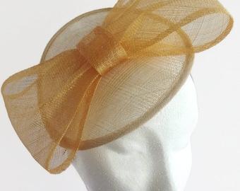 Gold bow Hat, Neutral headpiece, Natural fascinator, Wedding occasion hat, Gold fascinator,  Saucer hat, Cream straw disc hatinator