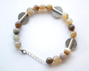 8mm Silver Agate Energy Beaded Gemstone Bracelet