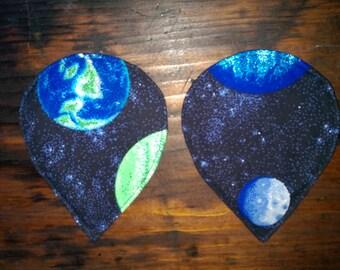 Space teardrop breast pads