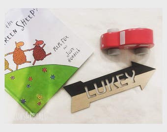 Personalised Arrows Name Plaques