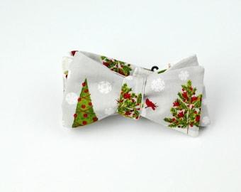 Christmas Tree Clip On Bowtie