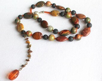 Jasper and lava balls, appealing chain in shades of Brown