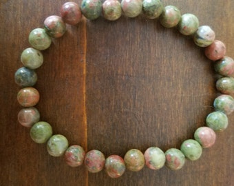 Green Forest beaded bracelet