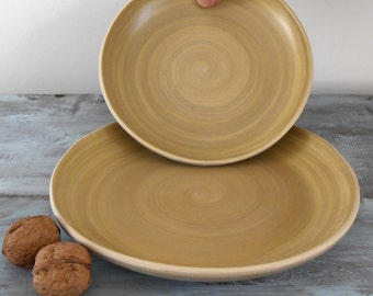 Curved plate ceramic top Green