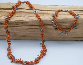 Natural labradorite stones and coral necklace