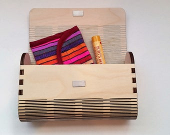 Laser Cut Wood Living Hinge Clutch