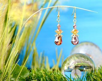 Fairies Dewdrops - earrings / / polished glass beads, faceted beads / drops / stained / honey yellow / brass / gold / lovely