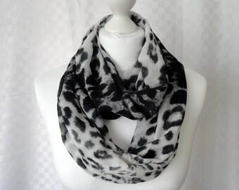 Leopard print infinity scarf, Circle scarf, Animal print chiffon scarf, Scarf for her, Lightweight scarf, Fashion scarf