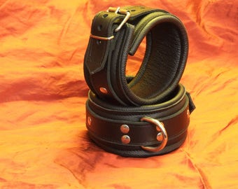 Padded ankle cuffs cowhide nappa, approx. 52 mm wide, Ecolinie, buckle closure