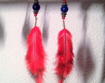 Curls night blue beads and red feathers
