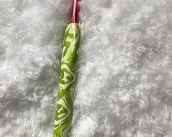Green and White Crochet Hooks, Susan Bates Handmade Crochet Hooks, Gift For Her, Crochet Supplies, Yarn