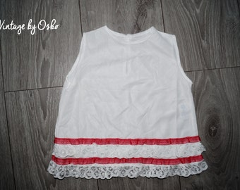 Vintage Pretty little white Petticoat superb Ruffled lace hem with Red,New never used from 1960s,size from 3 months, brand By Splendor,Nylon