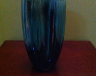Vintage B M P Blue Mountain pottery Canadian Made Vase