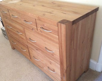 6 drawer dresser. Made of solid wood PINE