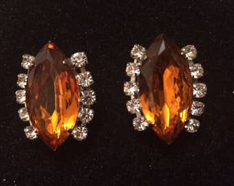 Vintage Amber Glass Clip On Earrings