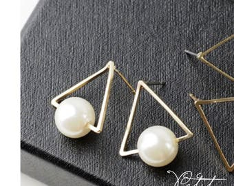 Open Triangle with Pearl Stud Earrings
