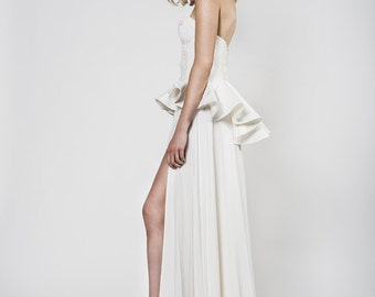 Modern wedding dress with sweetheart neckline and a slit